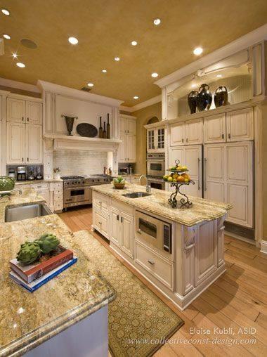 Visit our website for kitchen design inspiration www.dreamkitchenmakeover.com#kitchendesign #kitchenremodel #kitchenreno...